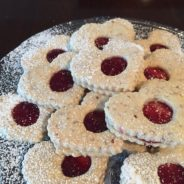 Linzer Valentine's Day ❤️ Cookies